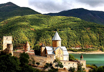 1 day tour in the historic Mtskheta and Ananuri complex